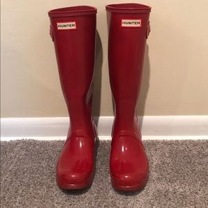 Hunter Boots Size 7 Red